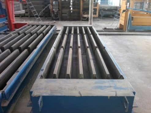 Slat Moulds