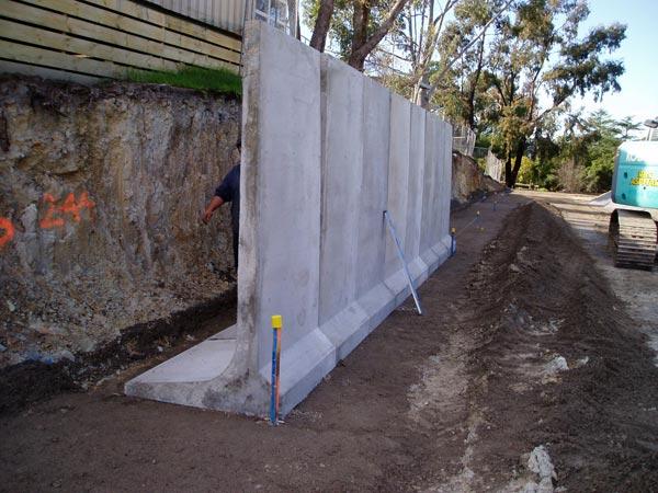 l-walls-America.jpg